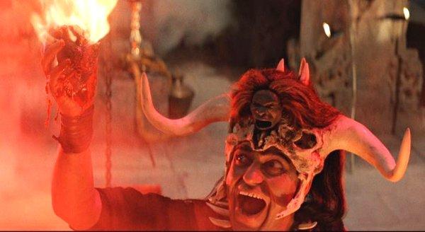 indiana-jones-and-the-temple-of-doom-1984-burning-heart-ceremony.jpg.d228c7202aa71ed02aa1f1f6d16aa6ef.jpg