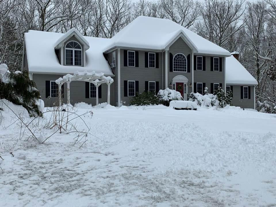 snowhouse.jpg