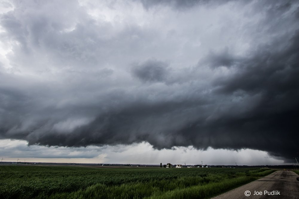 storm2.thumb.jpg.bae6b4b6eb1e8b94013d3a8eaa6caf45.jpg