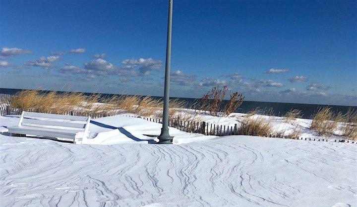 beach.jpg.367ce87aa6a4b14151cc3325f19890a8.jpg