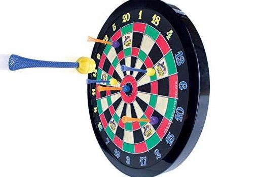 Magnetic-Dart-Board.jpg.1f65fc6f4273324e8e33403fb62bf695.jpg